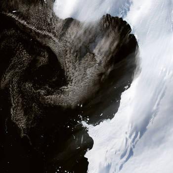 antarctica_oli_2015061_lrg.jpg